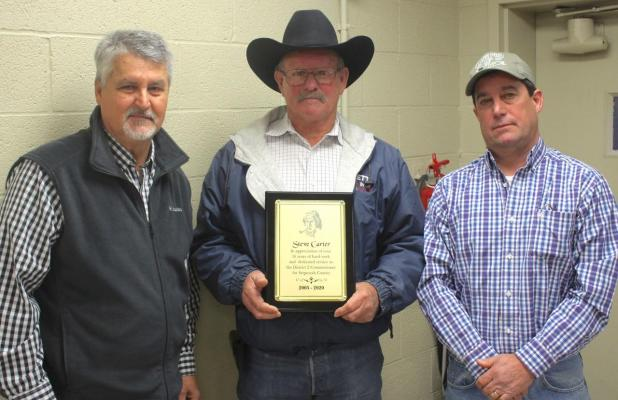 Carter honored by fellow commissioners
