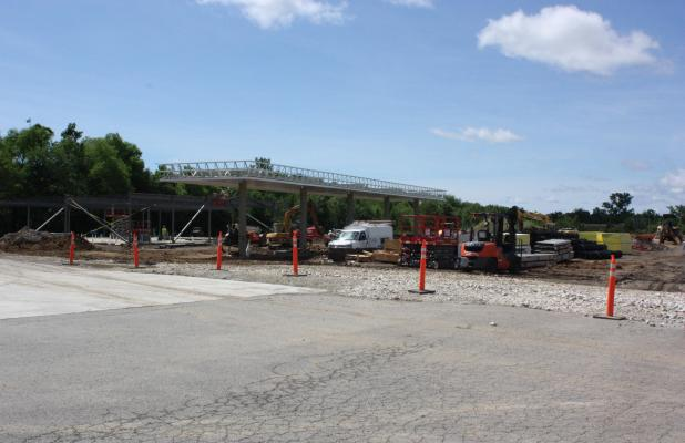 Vian Officials Look at Town's Progress